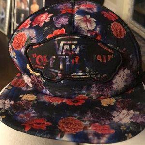 Vans floral trucker hat